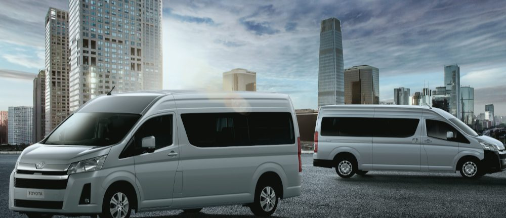 Exterior-Emotional-Shot-Hiace-02hr